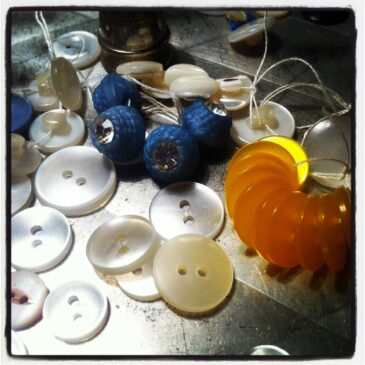 Sommerens indkøb af vintage knapper
