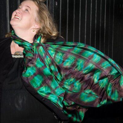 Shibori tørklæde lavet af Thea Dam Søby